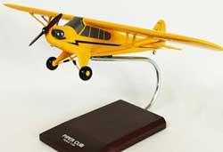 Piper Cub J3 model - Legend Cub